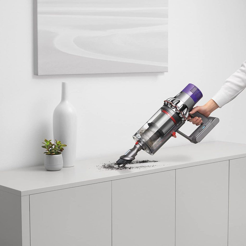 Dyson Cyclone V10 Absolute cleans all areas